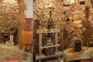 în vizită la combinatul de vinuri cricova