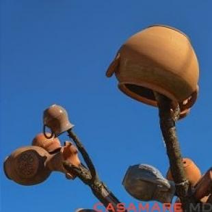 """tîrgul internațional al meșterilor olari """"la vatra olarului vasile gonciari"""""""