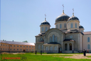 Nicoreni Monastery