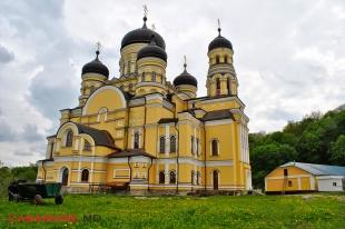 Mănăstirea Hîncu