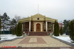 Complexul memorial Eternitate, Moldova | Мемориальный комплекс Вечность, Молдова